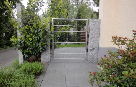 GaLaBau-Lorch | Referenzen - Gartentür 1
